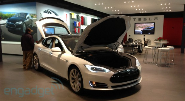 Tesla to open 25 new stores in 2013, first Chinese location this spring