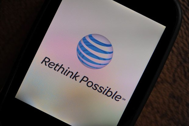 AT&T confirms widespread outage in Missouri and Kansas, cellphone and UVerse service both affected