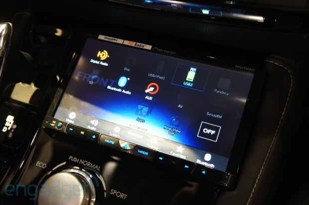 Pioneer shows off 2013 headunit line, rocks our minds with bass video