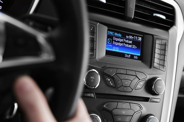 Ford opens AppLink developer program, wants more apps with incar voice control
