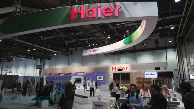 A look around Haier's CES 2013 booth plenty of panels and a wireless blender