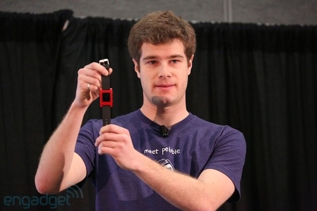 Pebble smart watch shipping to Kickstarter backers on January 23rd