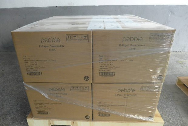 Pebble smartwatches begin shipping to customers this afternoon, iOS app still pending