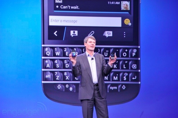 BlackBerry Z10 gets clipon speakerphone, charger bundle and cases galore