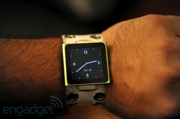 Bloomberg 100 people are working on Apples iWatch