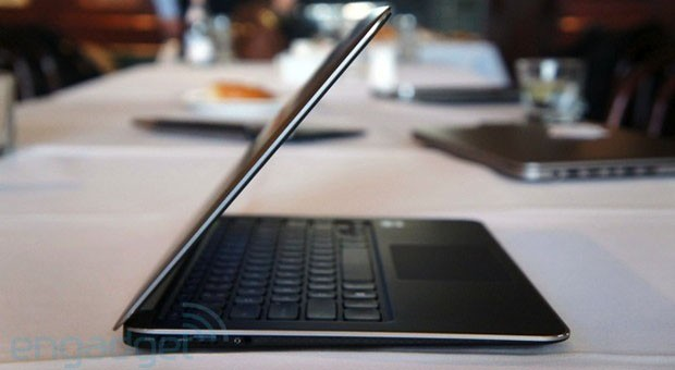 Dell XPS 13 with 1080p now stocked for $1,400 and up
