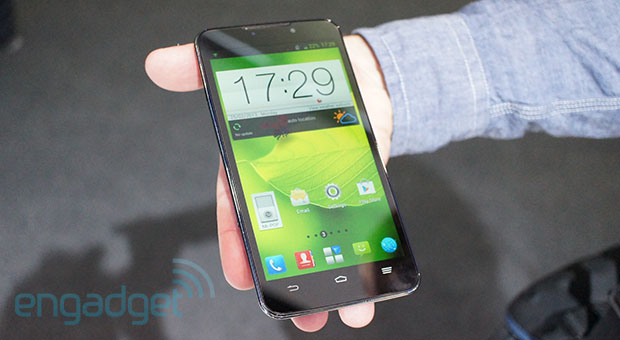ZTE Grand Memo handson a Galaxy Note competitor without a stylus video