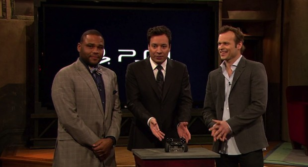 Jimmy Fallon gets his hands on the PS4 for some Killzone Shadow Fall action video