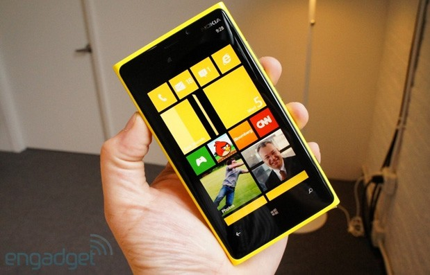 Vodafone UK launches a full Windows Phone 8 roster on February 6th