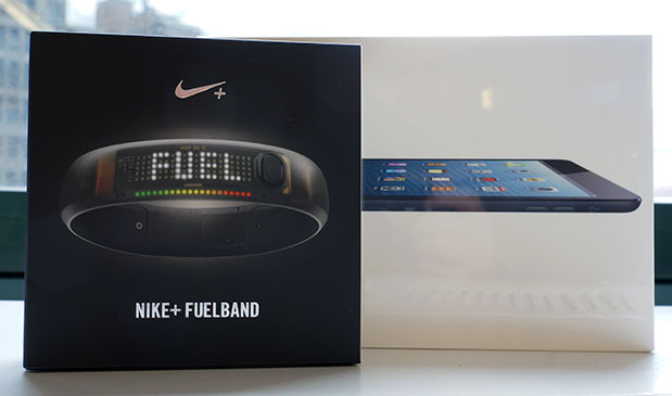 DNP Engadget Giveaway win an iPad mini and Nike FuelBand, courtesy of WalkMe!