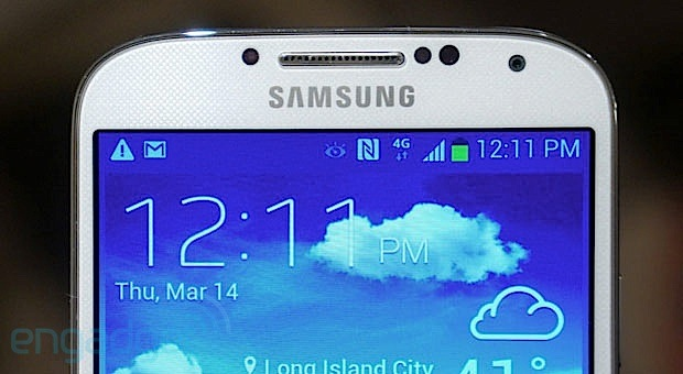 Samsung Galaxy S 4 top crop
