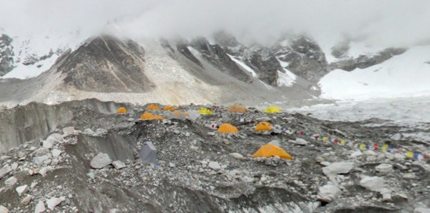 Google Maps brings you to Everest, Kilimanjaro with all your toes intact