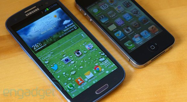 Galaxy S III and iPhone