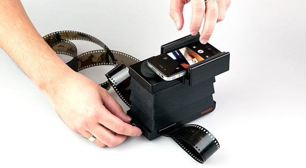 Lomography Smartphone Film Scanner now available for regular sales at $  60