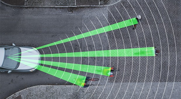 Volvo revamps its pedestrian detection system to automatically break for cyclists (video)