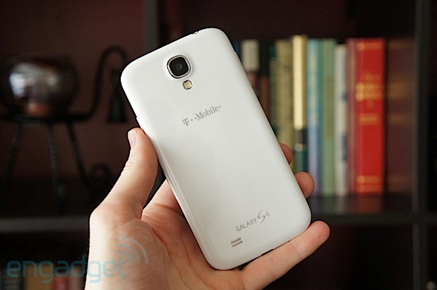This is the storey of a piffling smartphone serial that Samsung Milky Way S4 Review: The King is Back