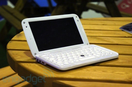 Ergo launches the GoNote Mini, a 7inch Android tablet  netbook hybrid, we go handson