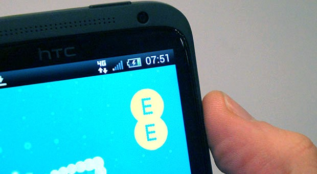 EE draws 318,000 3 percent  of its customers to 4G, says its on track