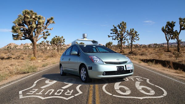 Google reportedly working on its own car, considering autonomous taxi service