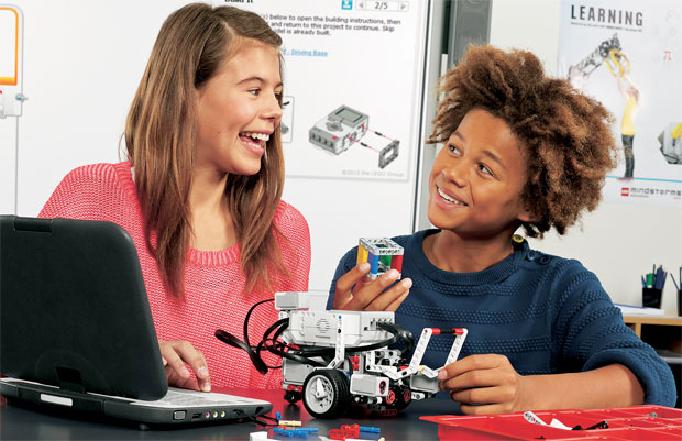 Lego Mindstorms EV3 kit gets an education, schoolfriendly platform to ship August 2013