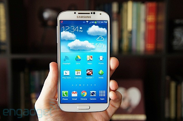 Sprint delays Galaxy S 4 in-store launch due to inventory issues, online and phone sales aren't affected