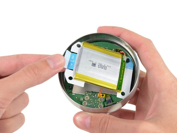 Secondgen Nest teardown reveals highdegree of repairability, fun with curved glass