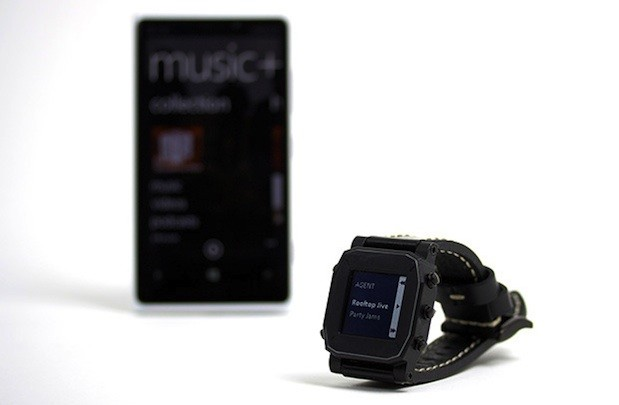 Agent smartwatch launches with Kickstarter campaign, promises 'unparalleled battery life'