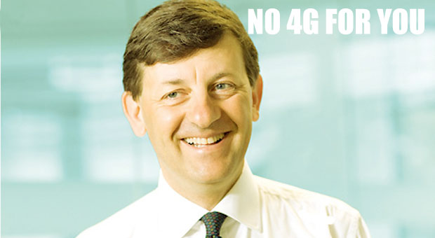 Vodafone sneers at the technofreaks, delays UK 4G launch until September