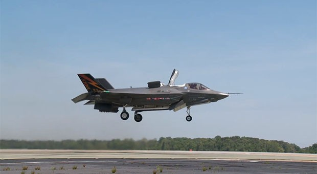 F35B completes first vertical takeoff