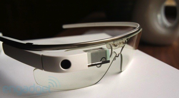 Google Glass gets a one-stop shop for downloads, including a rooted image