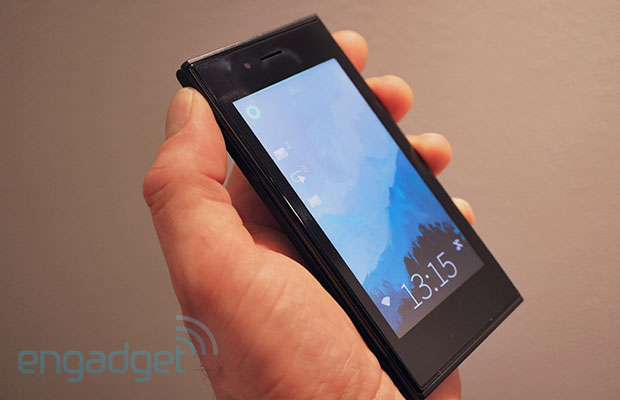 A tour of the Jolla phone with software head Marc Dillon video