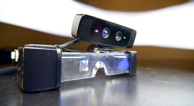 Insert Coin Meta 1 marries 3D glasses and motion sensor for gesturecontrolled AR