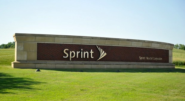 Sprint closes deal to buy ...