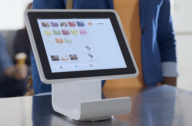 Square Stand turns your iPad into a cash register, on preorder for $299