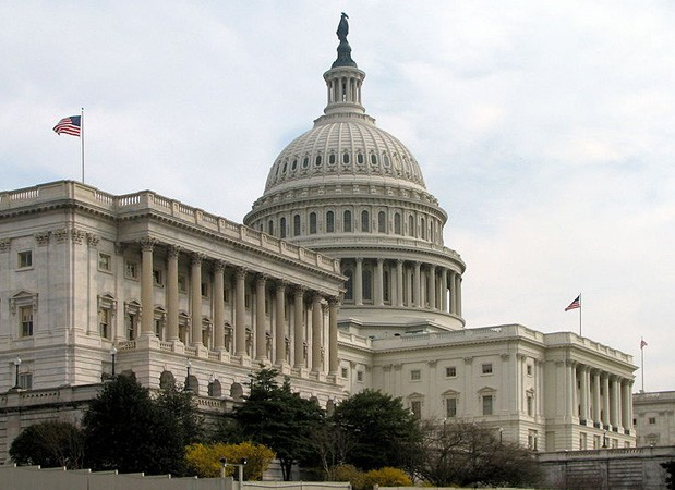 US Senate passes internet sales tax bill, faces a stiff fight in House