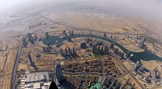 Google Street View comes to the Burj Khalifa video