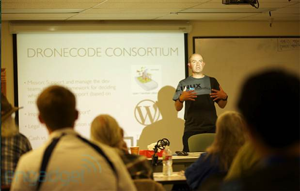 Chris Anderson calls for the creation of consortium for a standardized drone OS