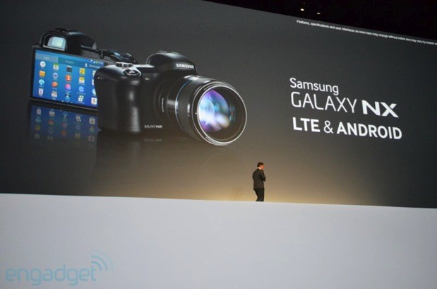 Samsung Galaxy NX mirrorless camera official