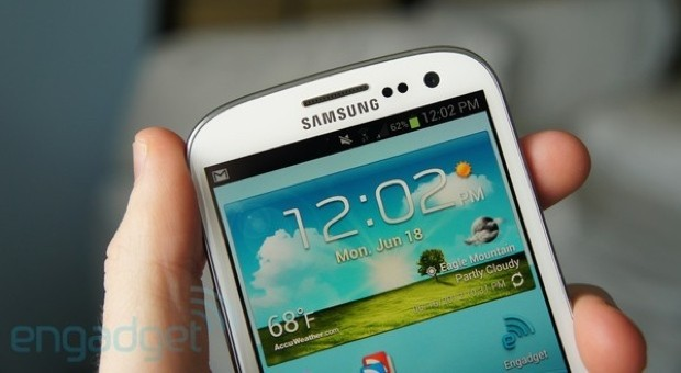 Samsung Galaxy S III close up