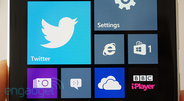 Nokia Lumia 925 review lots of changes, but not much difference