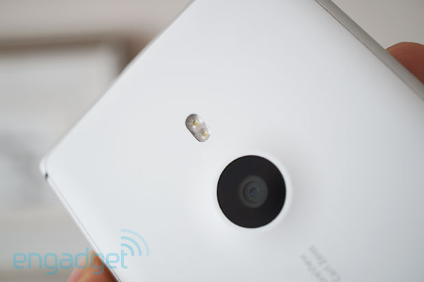 DNP Nokia Lumia 925 review lots of changes, but not much difference