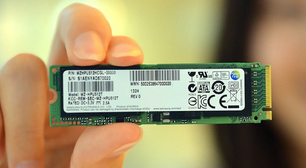 Samsung makes first PCIe-based SSD for Ultrabooks, we see one likely customer