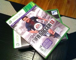 IRL UNDFIND's One camera bag and FIFA 13 for Xbox 360