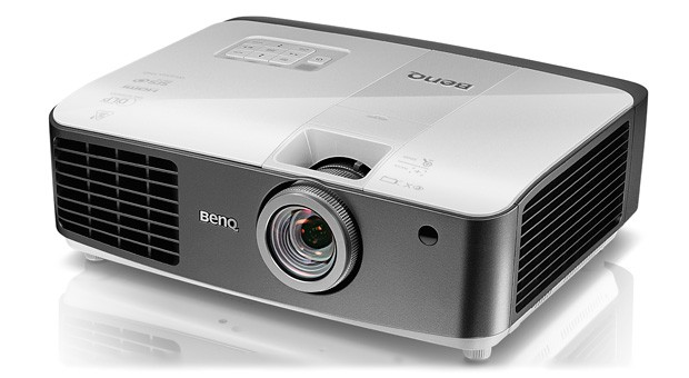 BenQ ships W1500 projector with WHDI, wireless 3D