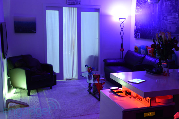 Lightscaping at home with Philips' Hue Bloom and LightStrips handson video