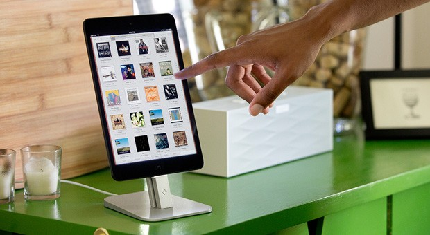 Twelve South HiRise for iPhone gives your iOS device a powered perch