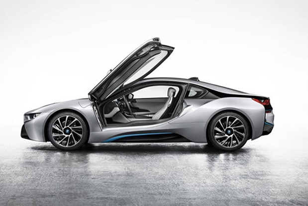 BMW's i8 plug-in hybrid unveiled at Frankfurt Motor Show, headed to US next spring for $135,925 and up
