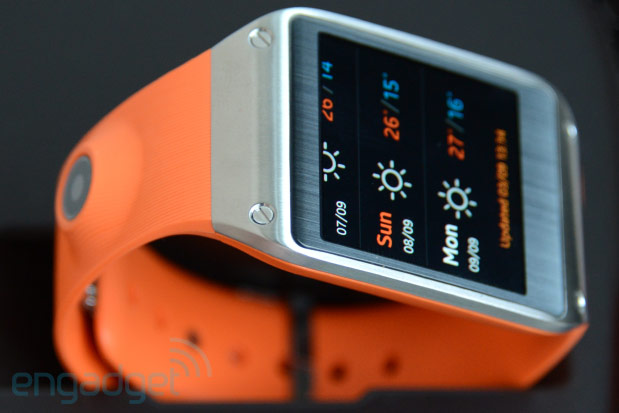 AT&T will start taking Galaxy Gear pre-orders tomorrow