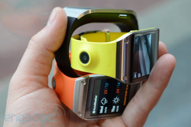 Samsung Galaxy Gear smartwatch hands-on (video)