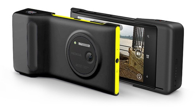Nokia Lumia 1020 price drops to $199 in the US, Microsoft throws in a free camera grip